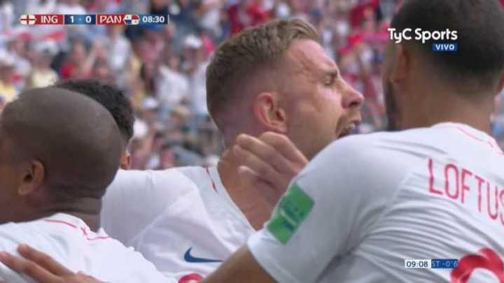 Stones ya convirtió el primero para Inglaterra