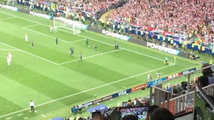 El segundo gol de Francia desde adentro