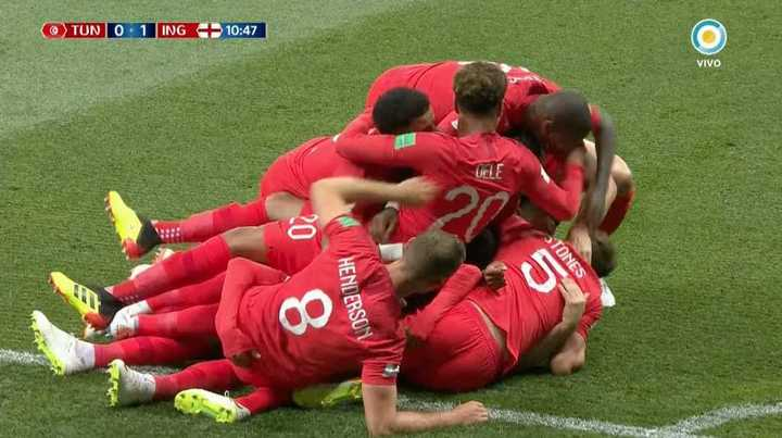 Kane abrió el marcador