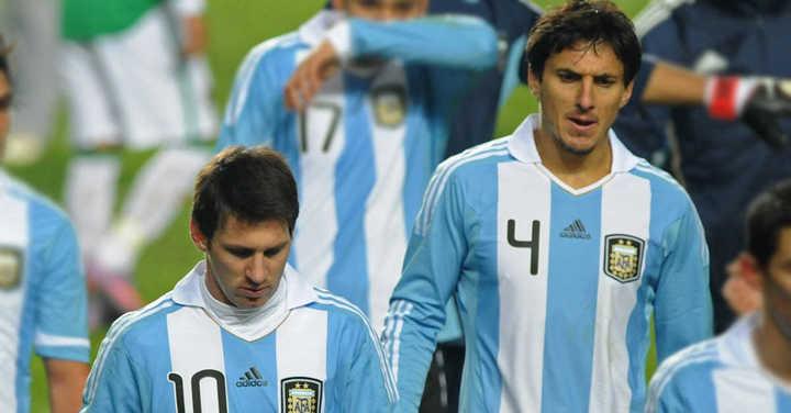 La vez que Messi y Burdisso casi terminan a las piñas