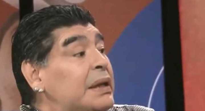 Maradona bancando a Messi
