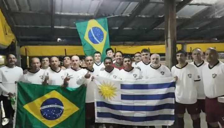 Otro equipo se prepara para el Mundial de Fútbol Amateur