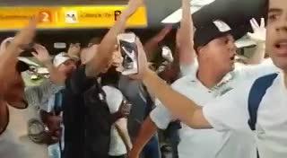 Tremenda partida del Santos rumbo a Argentina