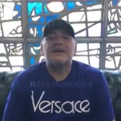 Maradona felicitó a su plantel campeón