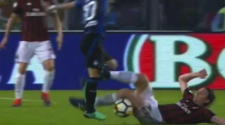 Papu Gómez podría dejarlo sin Mundial a Biglia
