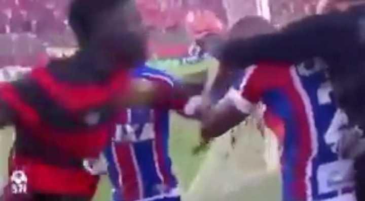 Árbitro suspende partido en Brasil tras expulsar nueve jugadores