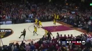 LeBron y el triple para el triunfo de Cleveland