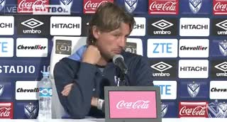 Heinze habló en conferencia de prensa