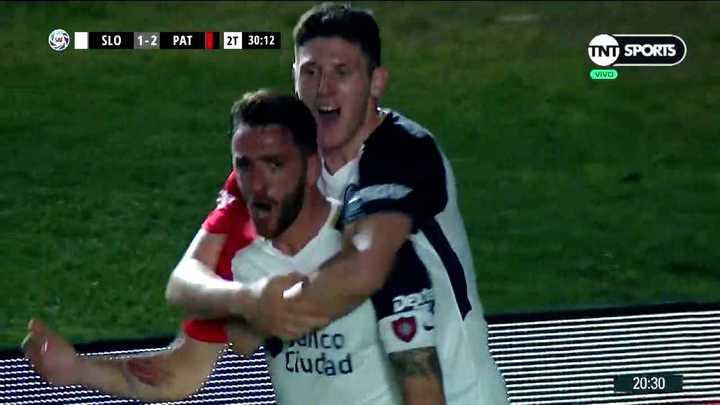 Rodríguez lo empató para los cuervos