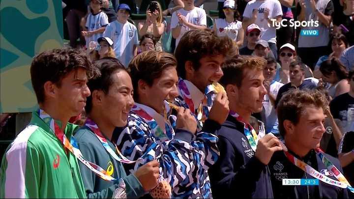 La premiación a los chicos de tenis