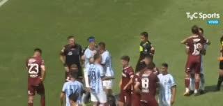 Zielinski, Lucchetti y el Pulga se refirieron al horario del partido con Lanús