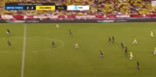 Asistencia de Juanfer; gol de Falcao