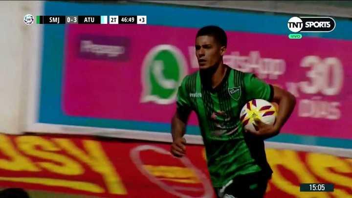 Alvarenga metió el gol del honor