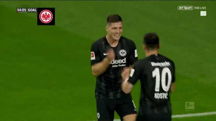 Cinco goles de Jovic para Eintracht