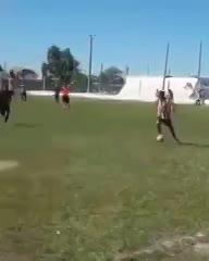 Patada criminal en la Reserva de la Liga de Fútbol Villamariense de Córdoba