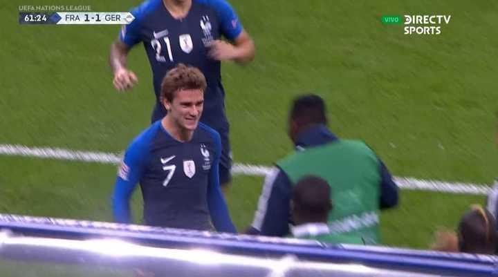 Griezmann lo empató para Francia