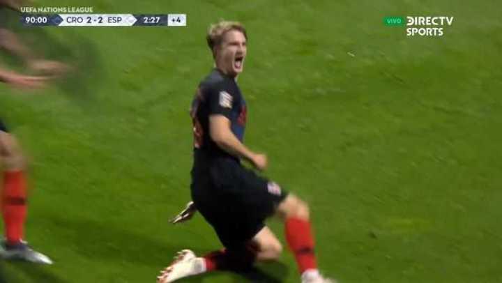 Jedvaj marcó el 3 a 2 agónico para el triunfo de Croacia