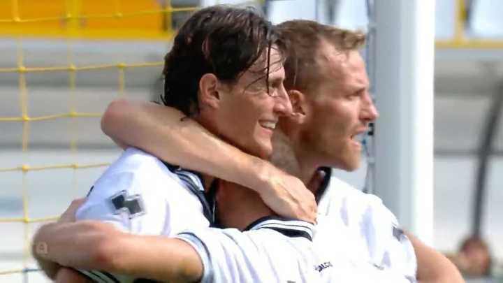 Roberto Inglese metió el primero del Parma