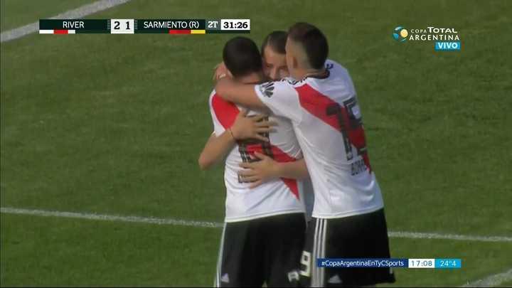 Otro gol de Juanfer