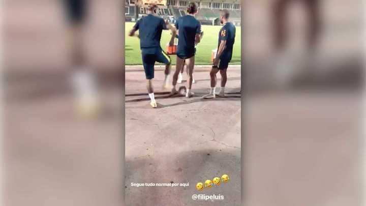 Neymar se divierte
