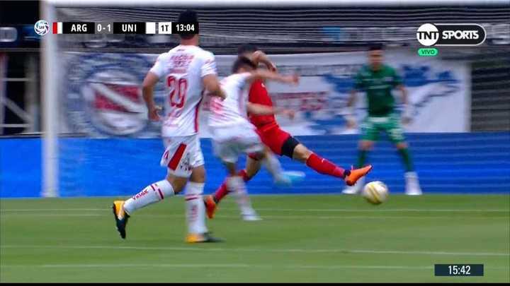 No había sido corner y terminó en gol de Unión
