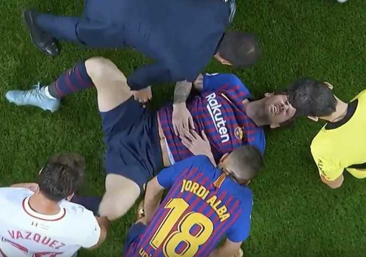 Preocupación por el codo de Messi