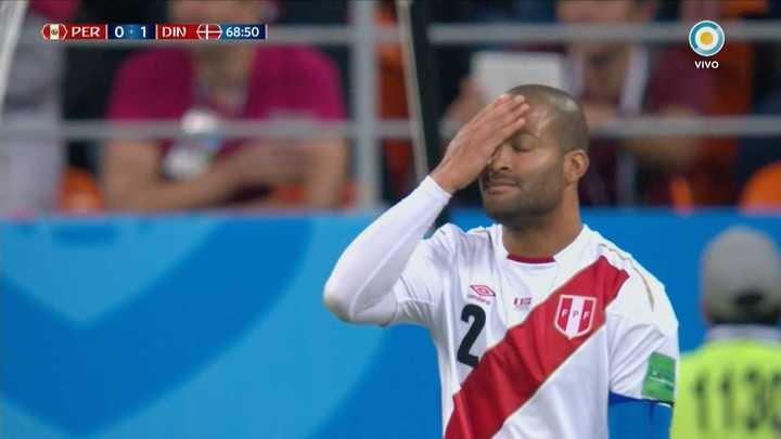 Perú casi lo empata