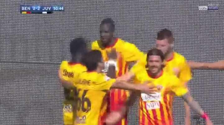 Diabate marcó el 2 a 2 para Benevento