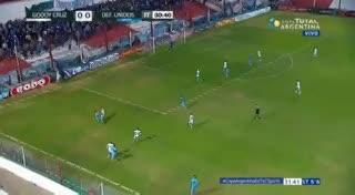 Gol y traumatismo de cráneo para Cáceres