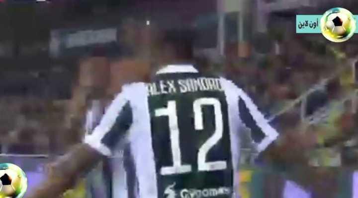 Alex Sandro abrió el marcador