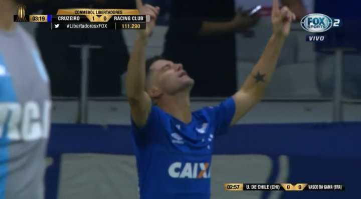 Arriba Cruzeiro gracias a Neves