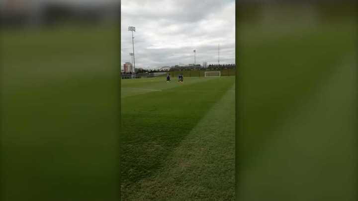 Messi ya salió para entrenar con sus compañeros