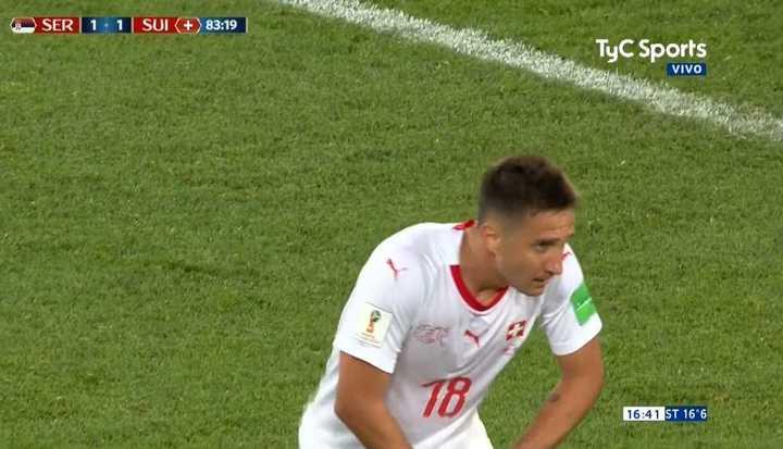 Gavranovic muy cerca del 2 a 1 para Suiza