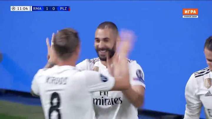 Apareció Benzema para poner el primero del Madrid