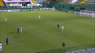 Alan Ruschel convirtió su primer gol tras el trágico accidente aéreo de Chapecoense