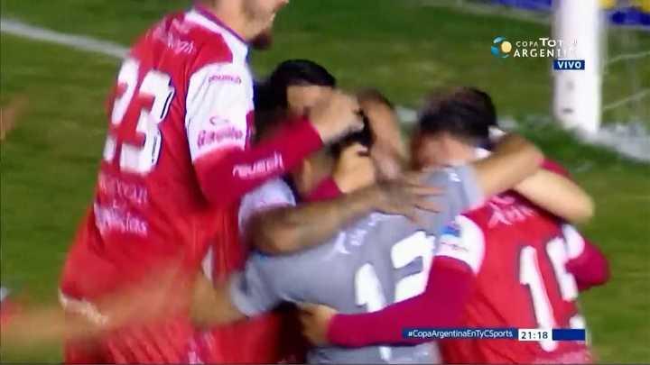 Argentinos ganó en los penales