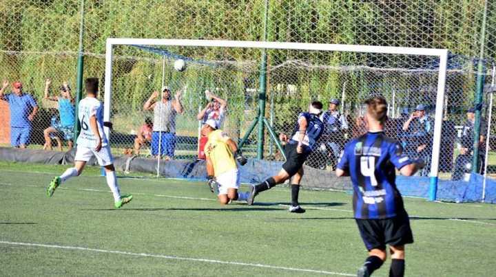 Deportivo Rincón goleó 4-0 a Ferrocarril Sud de Olavarría