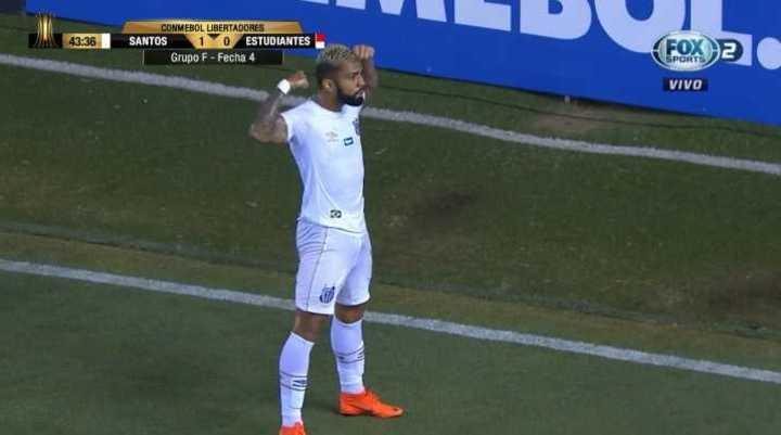 Barbosa puso arriba al Santos