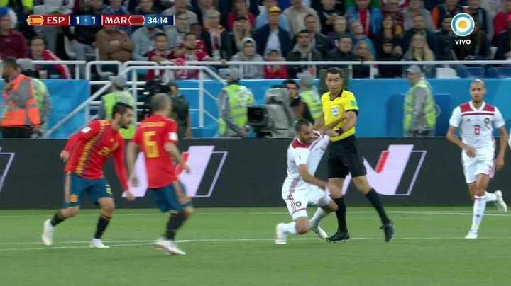 ¡Para sacarle tarjeta al árbitro!