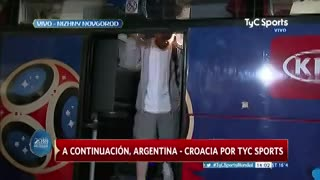 La llegada de Messi al estadio