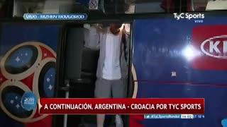 La llegada de Messi al estadio