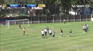 Noriega convirtió de penal el 1-0