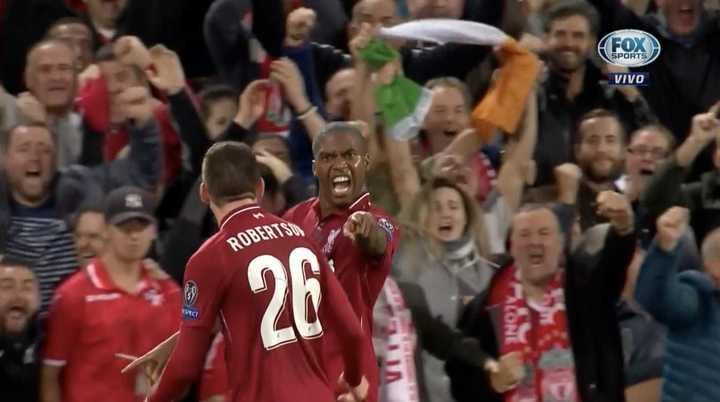 De cabeza para el primero del Liverpool