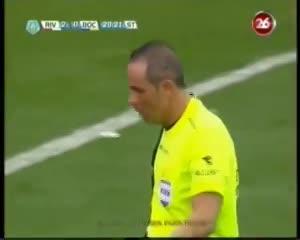 Gol de Santiago Silva en el Monumental