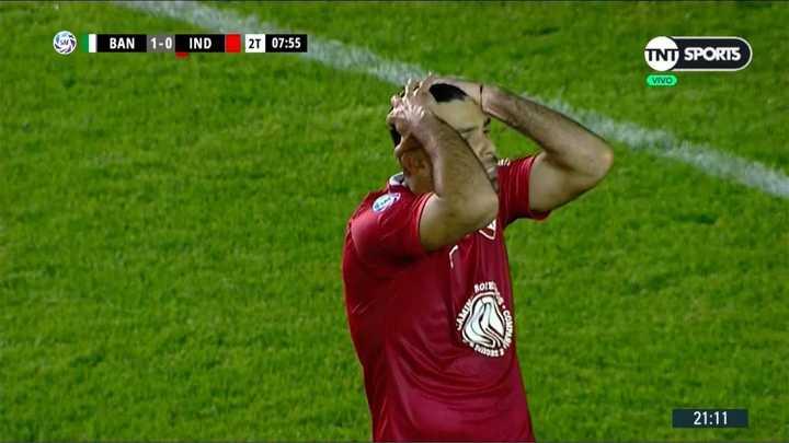 Romero no estuvo preciso y desperdició el descuento de Independiente
