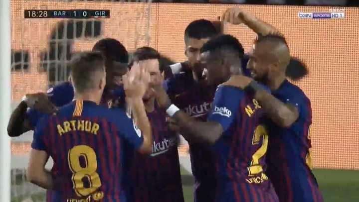 Vidal armó  Lío en el área y Messi convirtió el primero