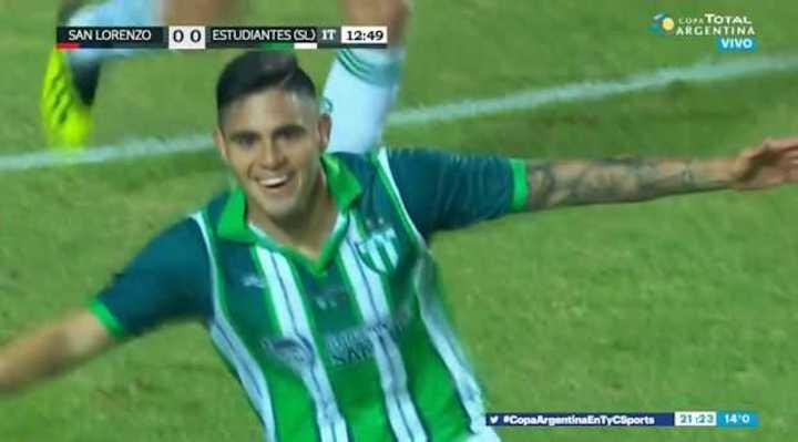 Gol de Distaulo para el 1 a 0 de Estudiantes de San Luis