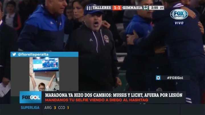 Así festejó Maradona el gol del Lobo