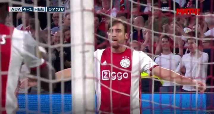 Golazo de Tagliafico para el 4 a 1 del Ajax