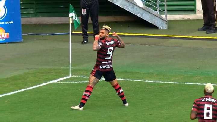 Doblete de Gabigol contra Palmeiras